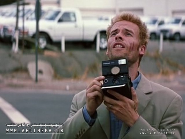 "Christopher Nolan's ""Memento"" Is Getting Remade"