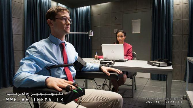'Snowden' Freezes Audiences at World Premiere