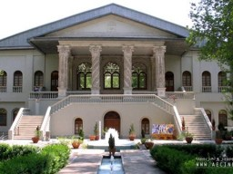 Iran Film Museum receives Cinematic Research Awards