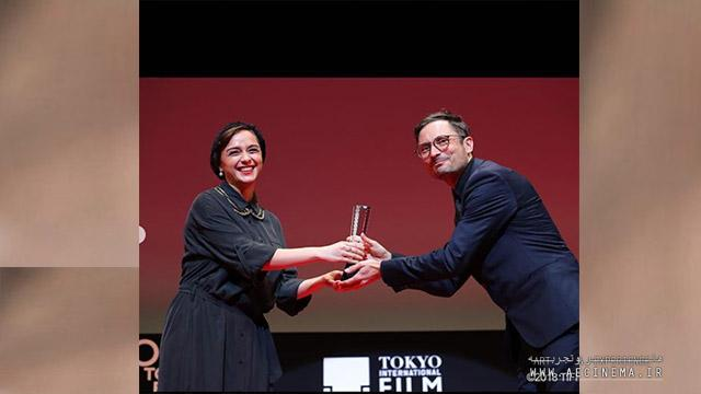 Iran actress presents awards in Tokyo